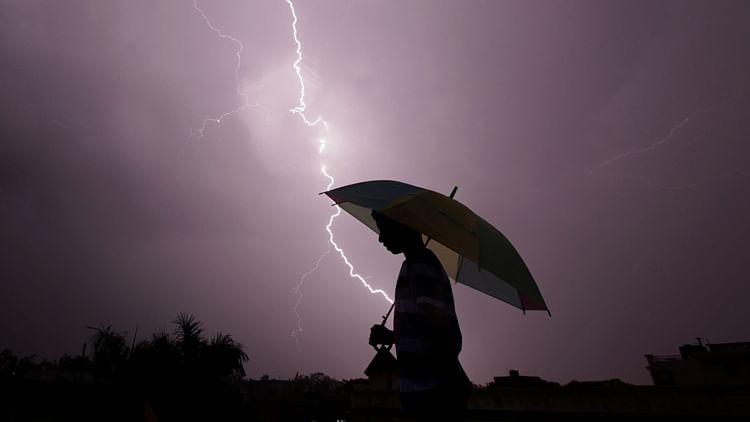 Lightning kills 38, including selfie-takers in India