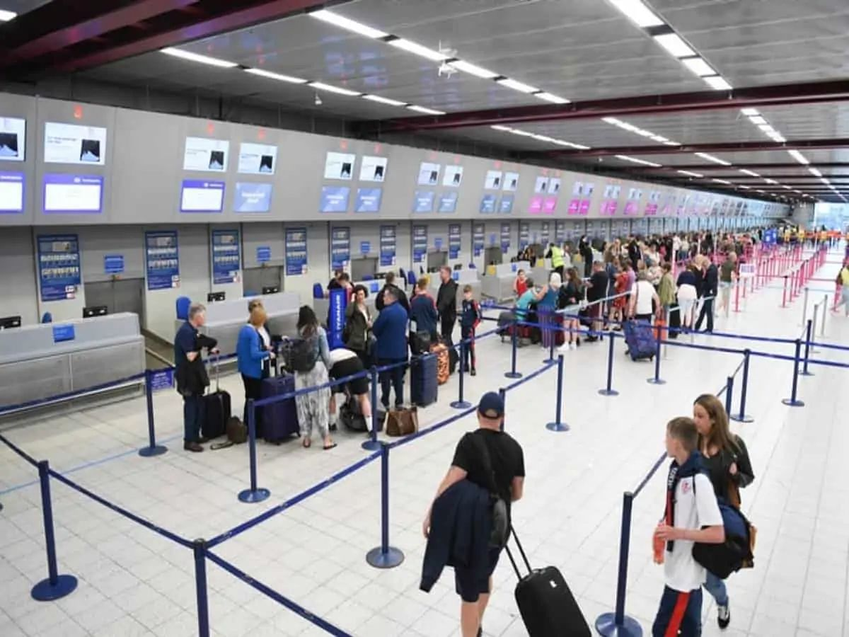 UAE to approve tourist visas for Indian passport holders