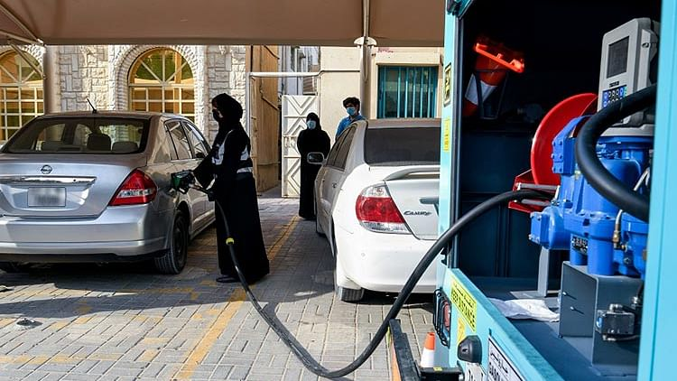 Free fuel provided to over 100 low-income households in Ajman