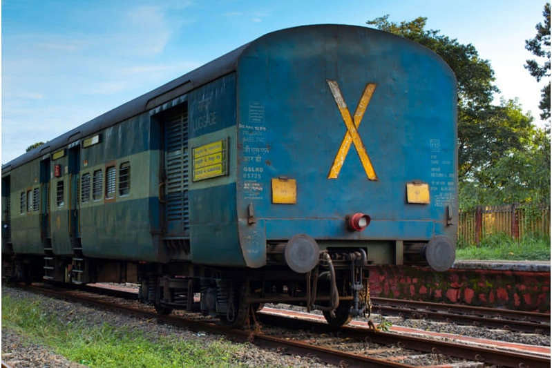 Ever wondered why Indian Railways trains have 'X' sign on the last bogie?