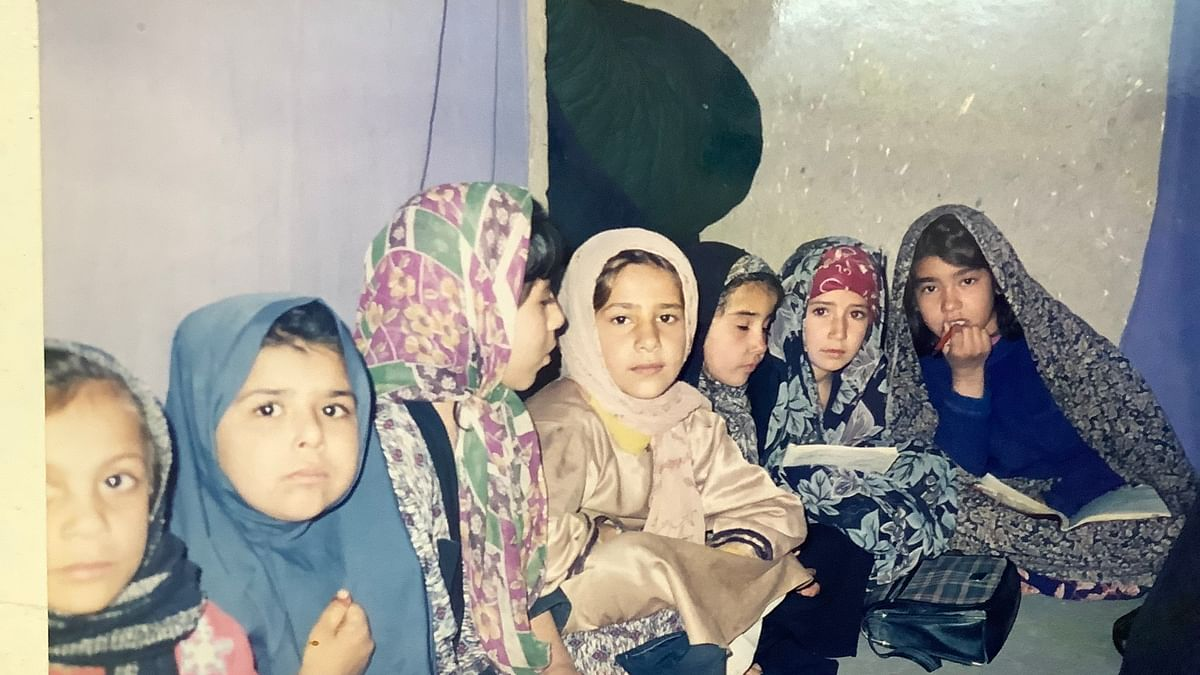 Picture of young girls studying in an alleged secret school in Afghanistan is heartbreaking