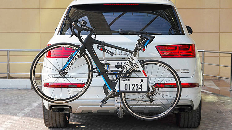 RTA asks motorists to fix additional number plate to vehicles with trunk-mounted bikes
