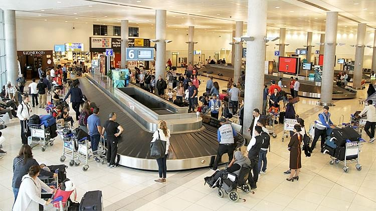 Travellers with UAE visa issued by other emirates can land at Abu Dhabi airport