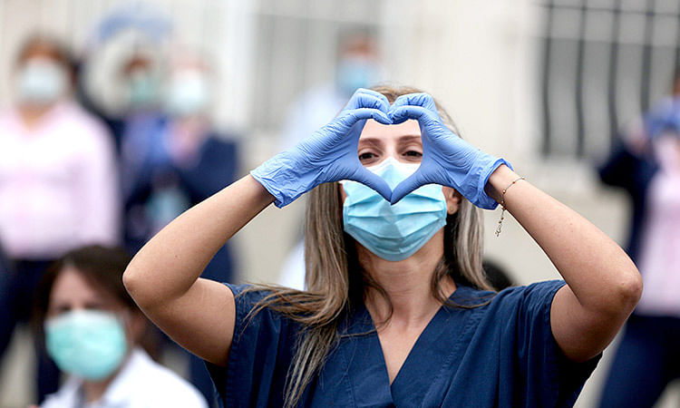 UAE reports lowest number of COVID-19 cases in a year with 298 infections