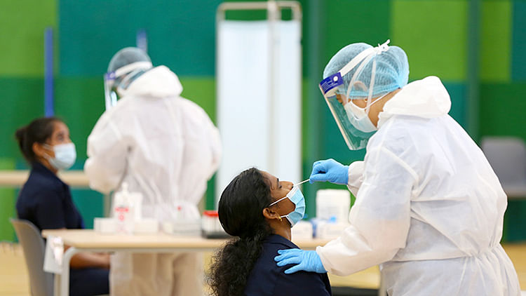 New COVID-19 infections continue to fall in UAE