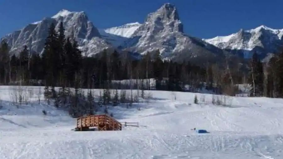 Heatwave causes unprecedented glacial ice melt in Canadian Rocky Mountains
