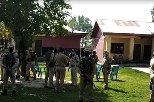 School principal, teacher dhot dead by militants in Srinagar, two days after 3 civilians were killed