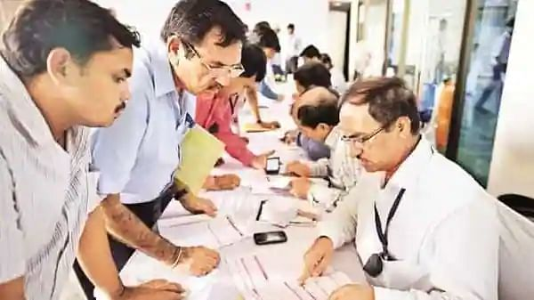 COVID-19: Unvaccinated Delhi government employees barred from attending office