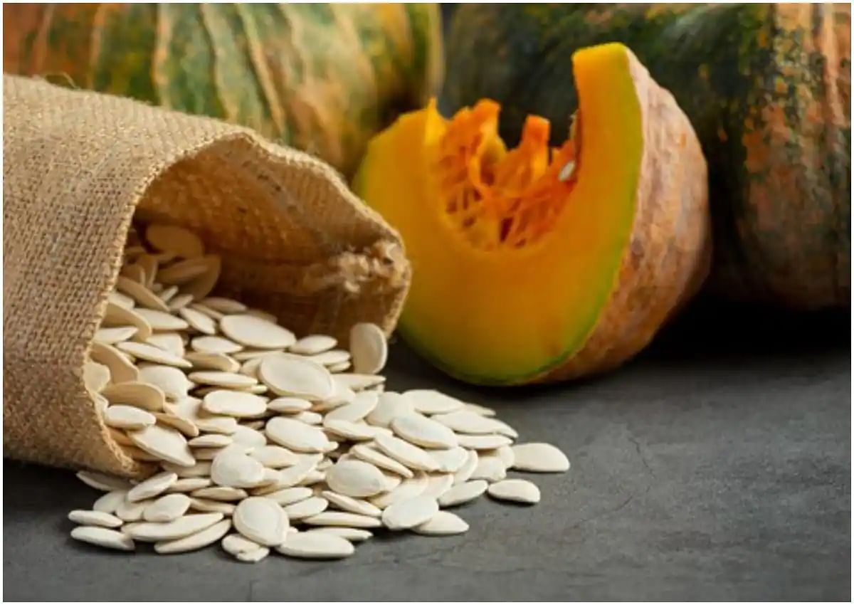 Benefits of eating pumpkin seeds for women with PCOS