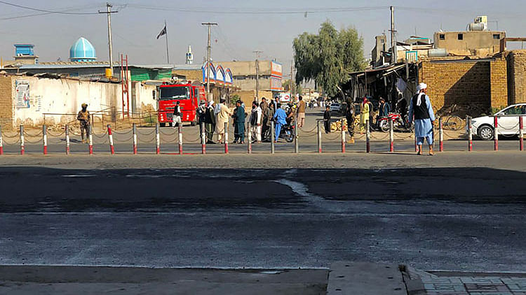 Deadly blasts hit Shiite mosque in Afghanistan, at least 42 dead and over 70 wounded