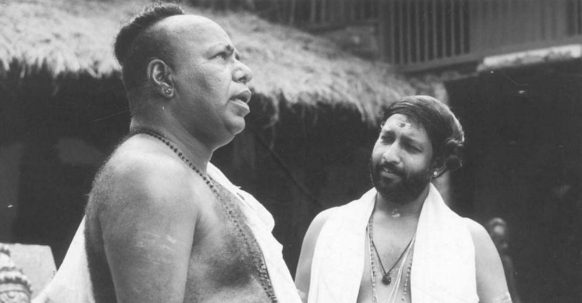 Nedumudi Venu in movie Perumthachan