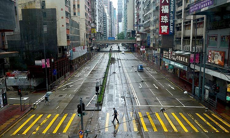 1 dead, 6 injured as Typhoon Kompasu hits Hong Kong