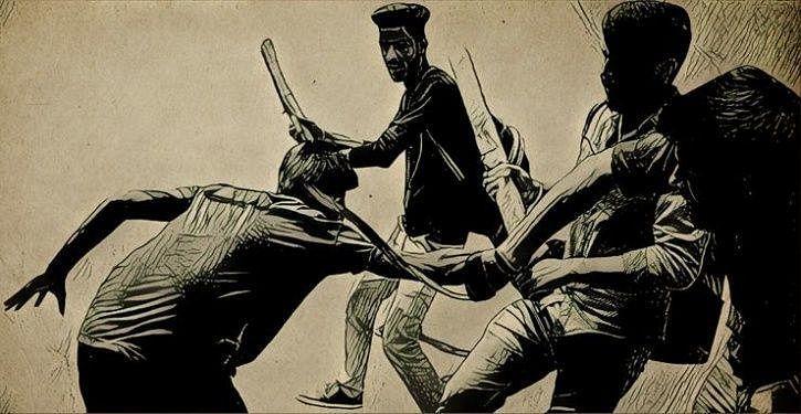 நாற்காலியில் அமர்ந்து உணவு உண்டதற்காகத் தலித் இளைஞர் அடித்துக் கொலை!