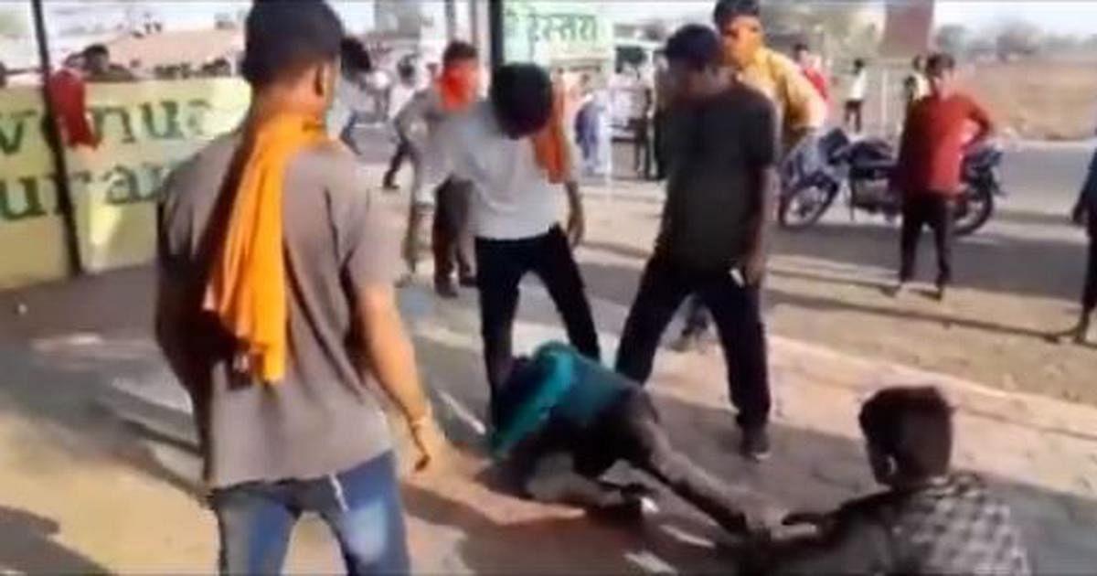 பாஜக வெற்றி எதிரொலி: 5 நாட்களில் தலித், இஸ்லாமியர்கள் மீது இந்துத்துவா அமைப்பு தாக்குதல்!