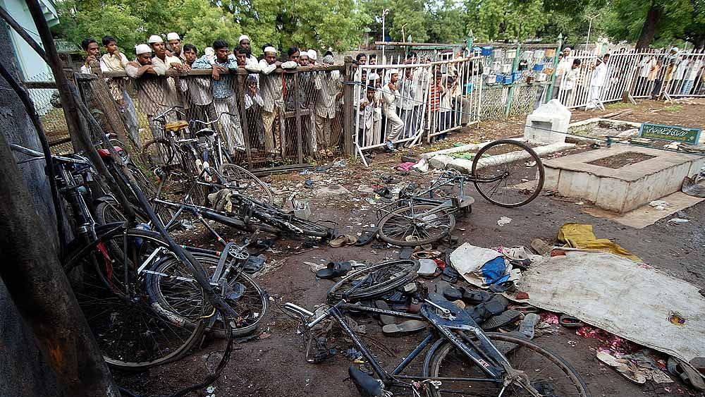 மாலேகான் குண்டுவெடிப்பு வழக்கில் குற்றம்சாட்டப்பட்டவர்களுக்கு ஜாமின்!