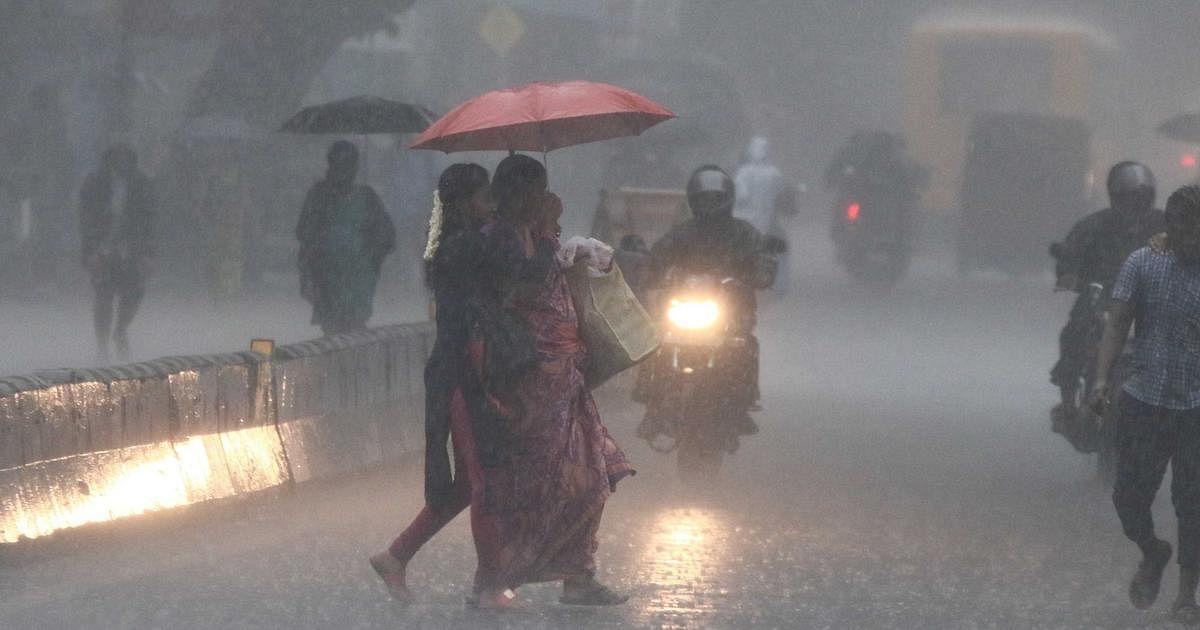 தமிழகத்தில் அடுத்த இரண்டு நாட்களுக்கு மழை : சென்னை வானிலை ஆய்வு மையம் தகவல்