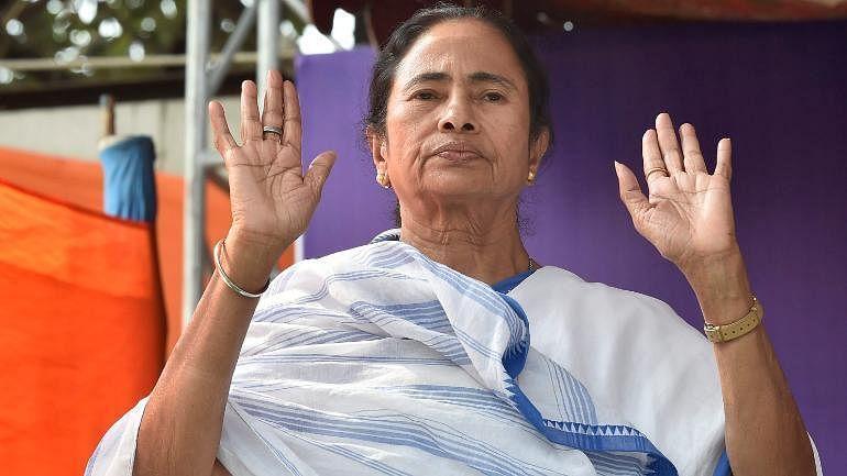 நிதி ஆயோக் கூட்டத்தில் பங்கேற்பதில் எந்த பயனுமில்லை - மம்தா பானர்ஜி