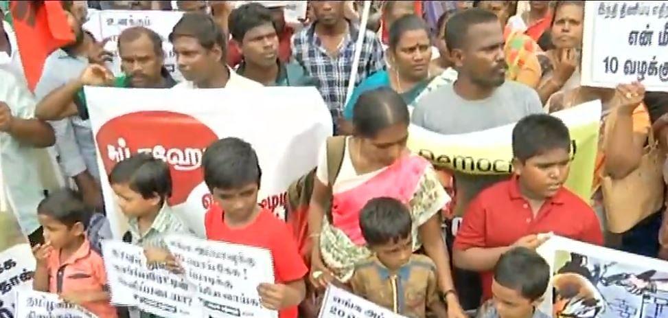 போராடுபவர்கள் மீது அடக்குமுறையை ஏவுவதா? : சென்னையில் 500-க்கும் மேற்பட்டோர் போராட்டம்!