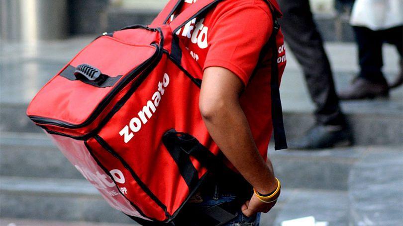ZOMATO-வில் ரீ-ஃபண்ட் கேட்க நினைத்து, போலி வாடிக்கையாளர் சேவை மையத்திடம் 77,000 ரூபாயை இழந்த நபர்!