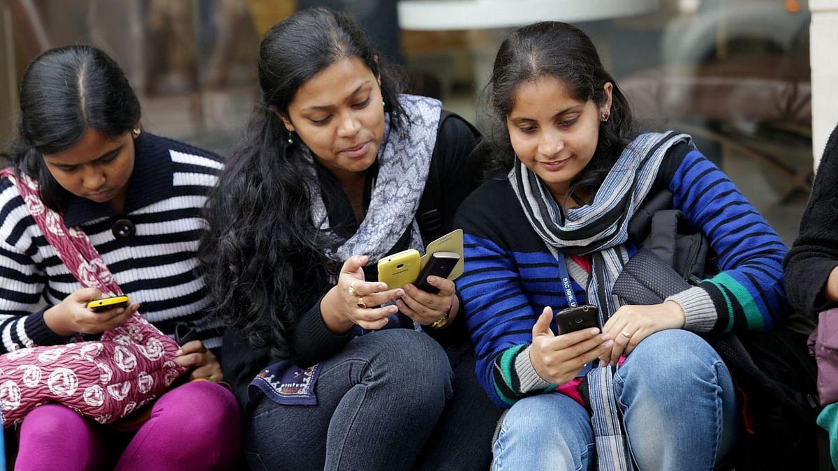 இந்தியாவில் செல்போன் பயன்படுத்துபவர்களின் எண்ணிக்கை 117 கோடியாக அதிகரிப்பு - டிராய்!