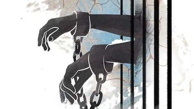 வலி நிவாரணி மாத்திரைகளை போதை மாத்திரை என விற்ற மோசடி கும்பல் : பெண் உட்பட 4 பேர் கைது!