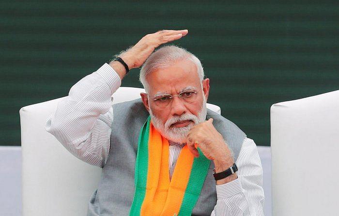 மோடி அரசின் பொருளாதார தோல்வி - 6 ஆண்டுகளில் இல்லாத அளவு பெரும் சரிவில் ஜி.டி.பி!