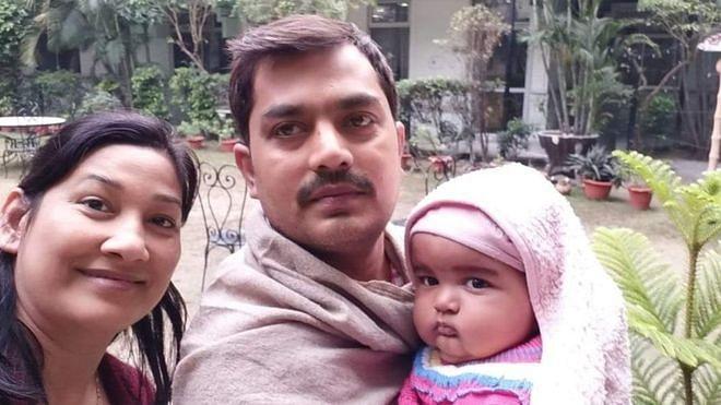ரவி சேகர், ஏக்தா மற்றும்  14 மாதக் குழந்தை