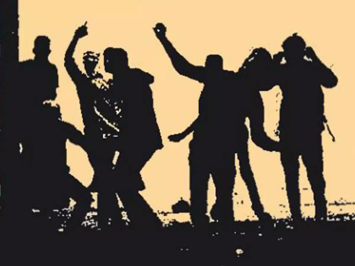ஊராட்சி தலைவர் பதவி போட்டி - இளைஞரை அடித்துக் கொன்ற அ.தி.மு.க பிரமுகர் உள்ளிட்ட 7 பேர் கைது!