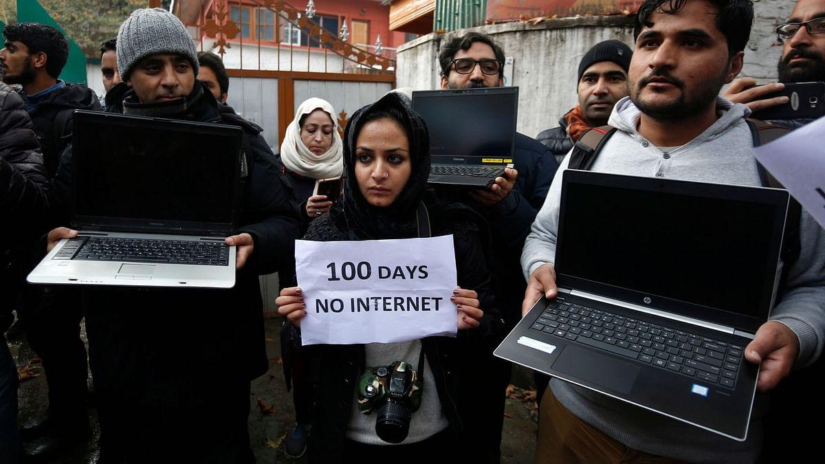 #CAAProtest | இணையத்தை முடக்கும் அரசு – ஆஃப்லைனில் தகவல் பரிமாற உதவும் 6 செயலிகள்!