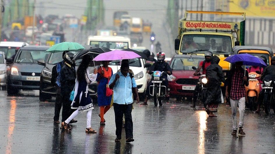 இன்னும் 2 நாளுக்கு சென்னையில் செம்ம மழை இருக்கு.. வானிலை நிலவரம்!