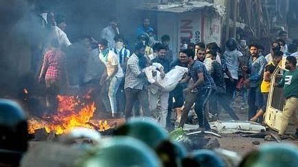 #CAAProtest : வடமாநிலங்களில் பதற்றம் நீடிப்பு - பா.ஜ.க ஆளும் உ.பி-யில் போராட்டத்தில் ஈடுபட்ட 6 பேர் பலி!