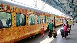 தாமதமாகச் சென்ற தேஜஸ் ரயில்... 630 பயணிகளுக்கு இழப்பீடு வழங்கப்படும் என IRCTC அறிவிப்பு!