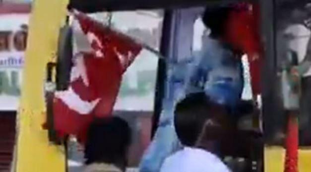மோடி அரசுக்கு எதிராக பொது வேலைநிறுத்தம் : நாடு முழுவதும் 25 கோடி பேர் பங்கேற்பு!