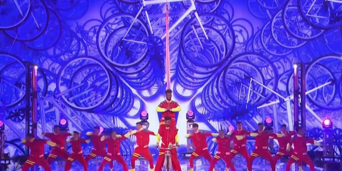 America's Got Talent வரை அதிரவைத்த ரஜினியின் 'மரண மாஸ்'- நடனமாடிய மும்பை குழுவுக்கு குவியும் பாராட்டு
