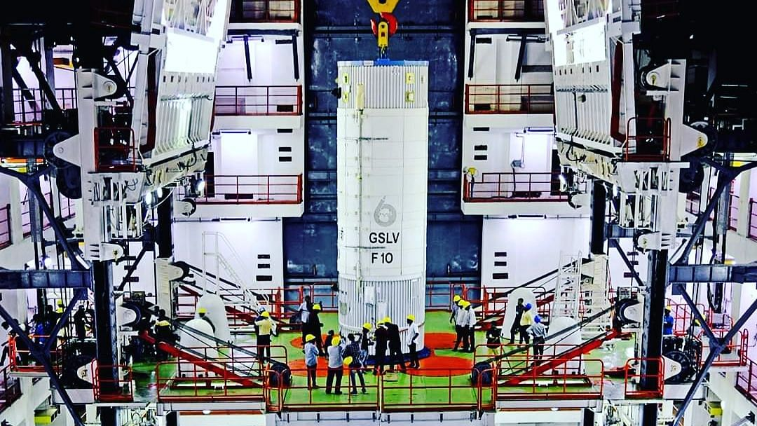 GSLV-F10 நாளை விண்ணில் செலுத்தப்படவிருந்த நிலையில் திடீரென ஒத்திவைப்பு - இஸ்ரோ அறிவிப்பு!