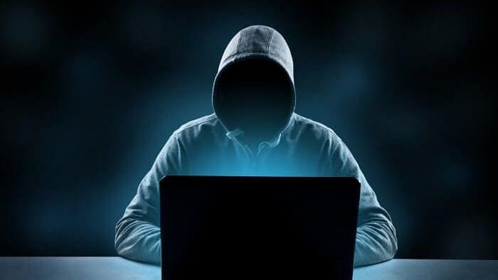 """""""அரசு நிலத்தையே OLX-ல் விற்க முயற்சி"""" : அதிர்ந்துபோன இந்து அறநிலையத்துறை! #CyberCrime"""