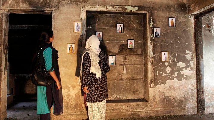 """""""நீதித்துறையின் மீது இன்னொரு தாக்குதல்"""" : குஜராத் படுகொலை வழக்கில் நீதிபதியை இடமாற்றி மோடி அரசு அராஜகம்!"""