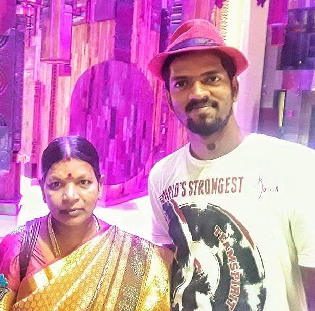 அம்மா  நாகஜோதியுடன் தான்சேன்