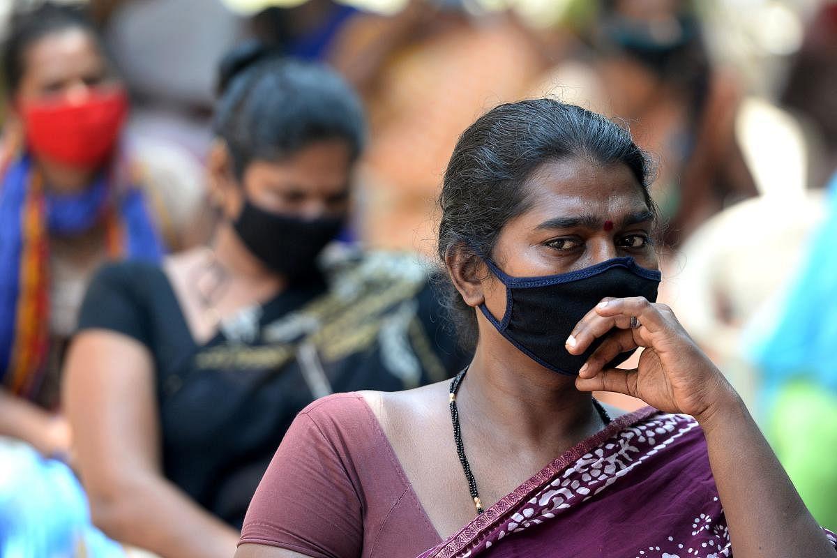 சென்னையில் இன்று ஒரே நாளில் 2,167 பேருக்கு கொரோனா..37 பேர் பலி.. என்ன திட்டத்துடன் உள்ளது அ.தி.மு.க அரசு?