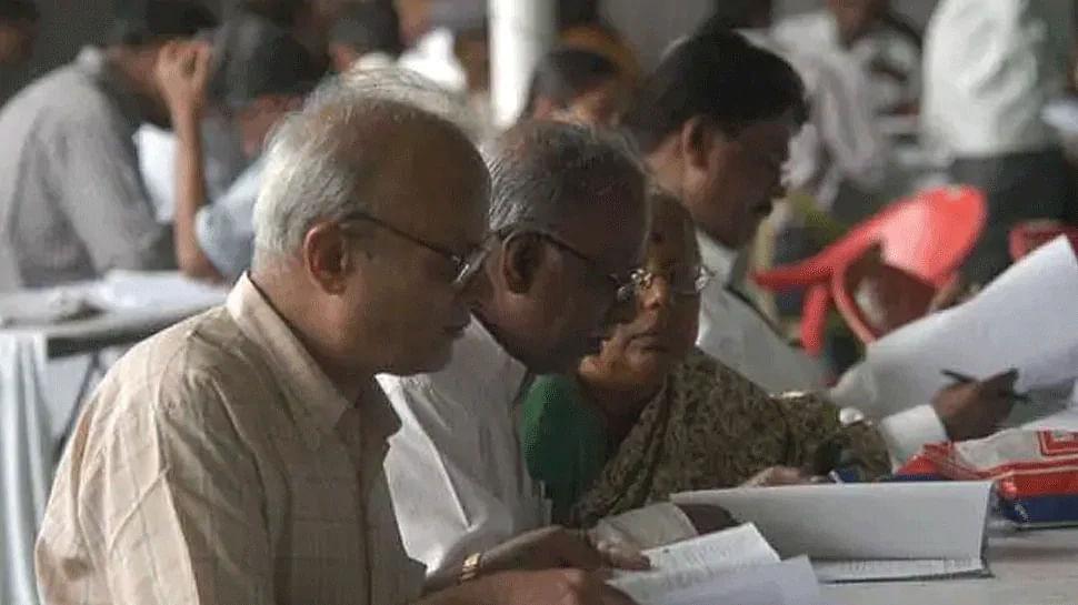 """""""டெண்டருக்கு நிதி இருக்கிறது; மருத்துவர்களுக்கு ஓய்வூதியம் கொடுக்க நிதி இல்லையா?"""" - மு.க.ஸ்டாலின் கேள்வி!"""