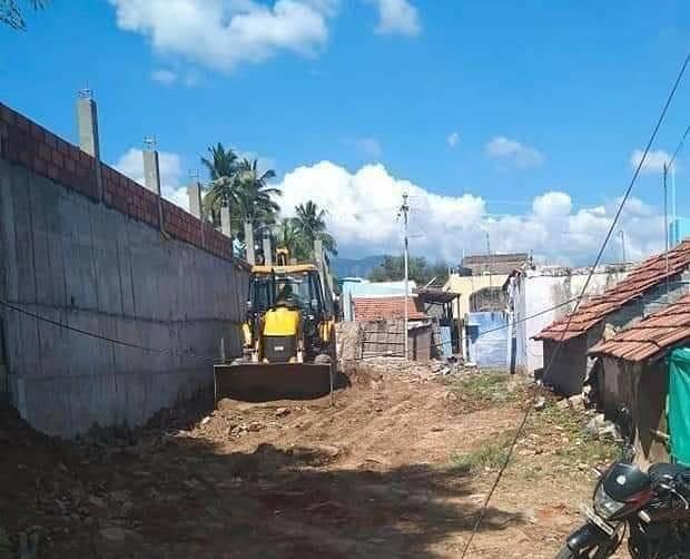 17 பேரை காவு வாங்கிய மேட்டுப்பாளையம் 'தீண்டாமை சுவர்' மீண்டும் அதே உயரத்தில் கட்டப்பட்டது !
