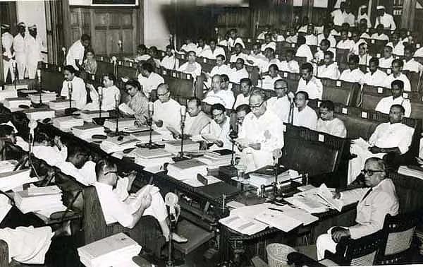 'தமிழ்நாடு வாழ்க..' என முழங்கிய அண்ணா : 1967ல் சட்டமன்றத்தில் வீரிட்ட ஓர் உணர்ச்சி அலை!