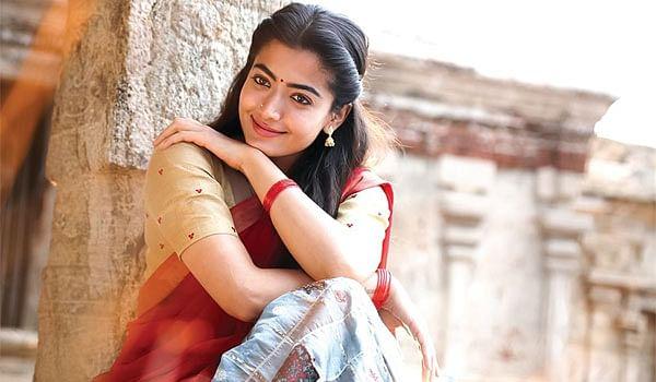 பாலிவுட்டில் என்ட்ரி கொடுக்கும் ராஷ்மிகா மந்தனா... அப்போ 'விஜய் 65' உண்மைதானா?