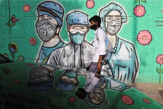இந்தியாவில் 2 லட்சத்தை கடந்த ஒரு நாள் பாதிப்பு: அதி தீவிரமாக பரவும் 2வது அலை! #CoronaUpdates