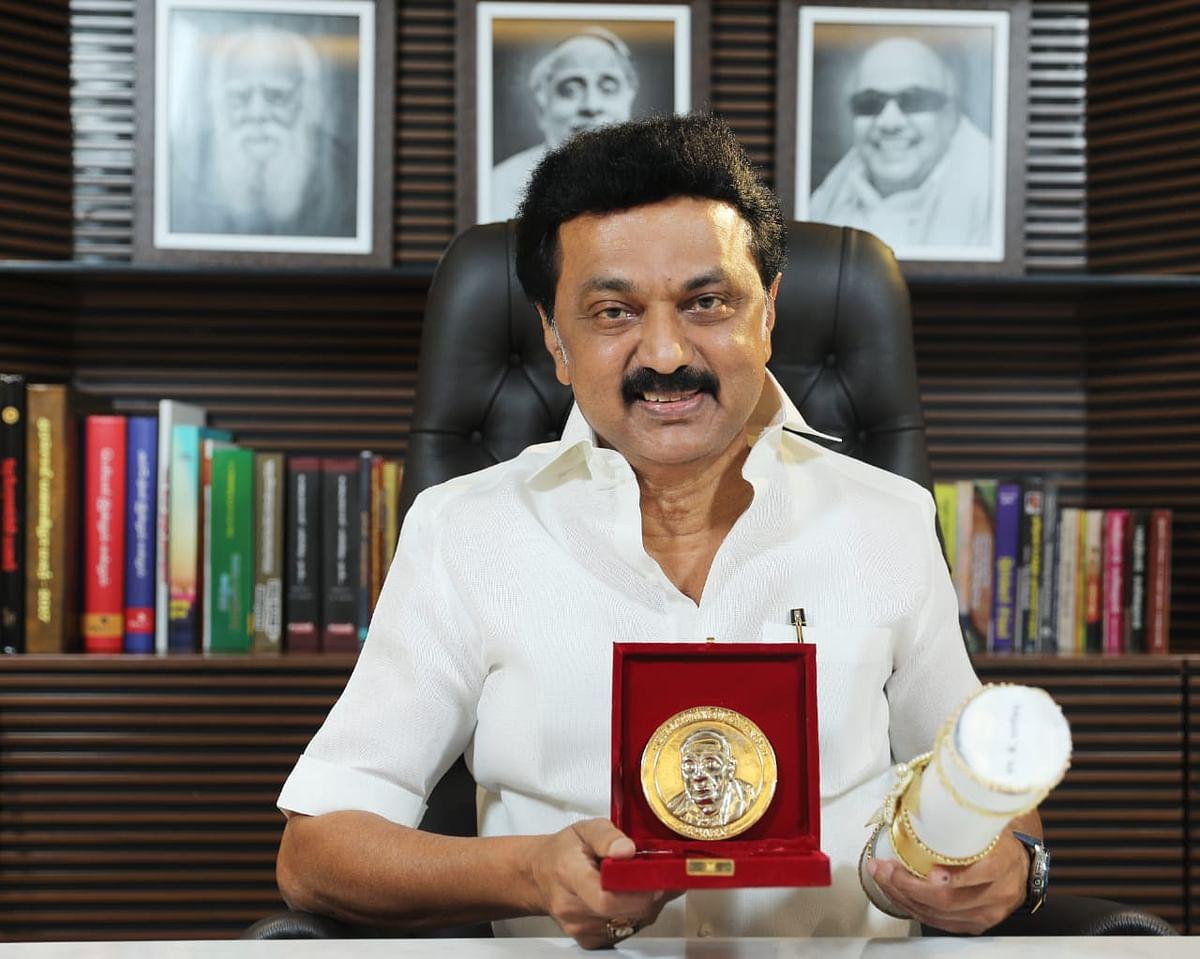சமூக நலத் திட்டங்களுக்கான 'Champions of Change Award 2020' விருது பெற்றார் தி.மு.க தலைவர் மு.க.ஸ்டாலின்!