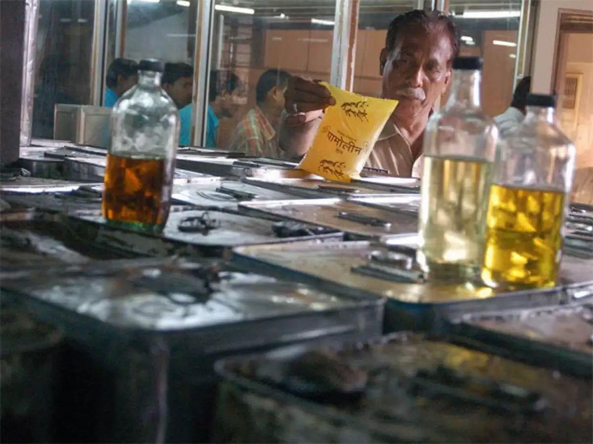 ஓராண்டில் சமையல் எண்ணெய் விலை 115% அதிகரிப்பு : விலை உயர்வு மூலம் மக்களின் வயிற்றில் அடிக்கும் மோடி அரசு!