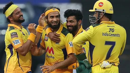 ஜடேஜாவிடம் தோற்ற பெங்களூர்... மீண்டும் முதலிடத்தில் சென்னை அணி! #IPL2021