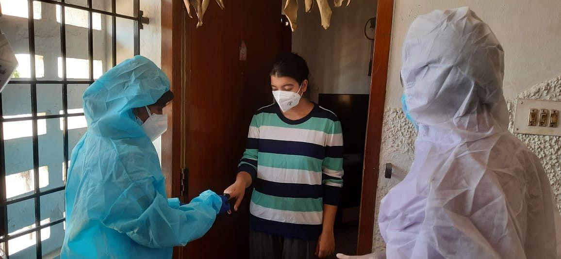 கோவிட் அறிகுறி கணக்கெடுப்பு: களப்பணியாளருக்கு PPE கிட், உரிய பயிற்சி வழங்கப்படும் - ககன்தீப் சிங் பேடி