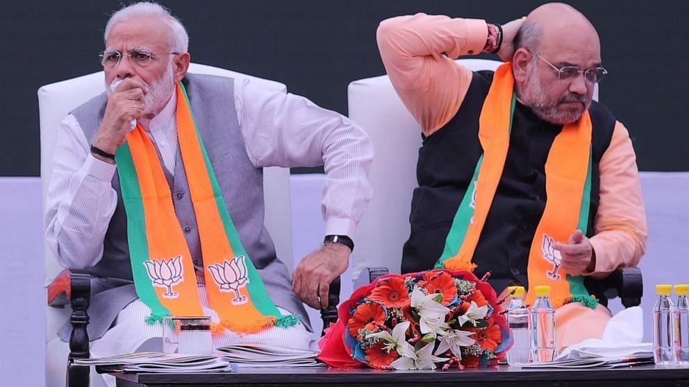 'மோடியும், அமித்ஷாவும் வெல்ல முடியாதவர்கள் ஒன்றும் அல்ல' : தேர்தல் முடிவைச் சுட்டிக்காட்டும் சிவசேனா!