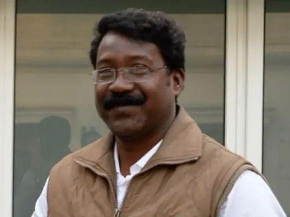 ஜார்க்கண்டில் ஆட்சியைக் கவிழ்க்க ரூ.1 கோடி பேரம்... பா.ஜ.க மீது காங்கிரஸ் MLA பரபரப்பு குற்றச்சாட்டு!